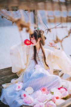 model:现岁呐 photoed by: 一只萬 Photographic works of Chinese ancient style beauty. Hanfu, Cheongsam, Oriental Fashion, Asian Fashion, Asian Style, Chinese Style, Traditional Chinese, Geisha, Kubo And The Two Strings