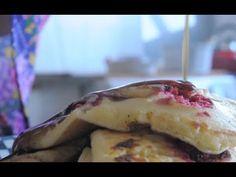 Panqueca Americana (Receita de Pancakes com Frutas Vermelhas)