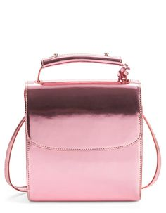 This structured, metallic pink leather handbag totally exudes a 90's feel.