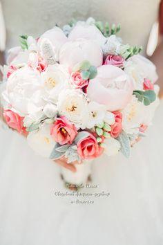 Букет невесты с пионами. Флорист Пашкова Ольга #букет #невесты #букетневесты #свадебный #свадебныйбукет #свадьба #невеста #пионы #пионовидные #розы