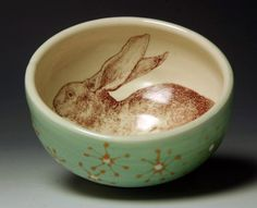 Bowl with hare detailing Pottery Bowls, Ceramic Bowls, Ceramic Pottery, Pottery Art, Ceramic Art, Vintage Pottery, Super Bol, Rabbit Rabbit Rabbit, Year Of The Rabbit