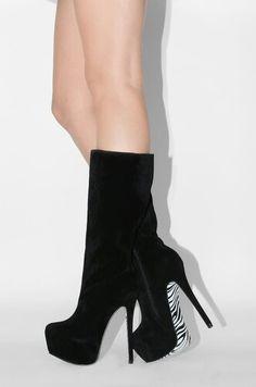 Hifh boot zebra heels