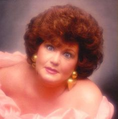 Who can forget Glamour Shots- that huge (albeit scary) trend of the '90s- feathers, soft lighting, huge hair, overdone makeup, and lots of s...