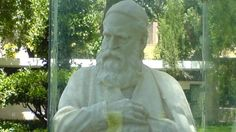 A statue of eminent #Persian poet #Khayyam is programmed to be installed in #NewYork.
