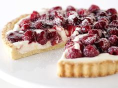 Blogger Bree Hester of  Baked Bree makes us a beautiful tart with vanilla bean and raspberries.Learn to make this recipe with our how-to  article.