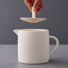 Minimalist tea pot and a sugar pot to match! More to see at Sue Ure Maison range. Sugar Pot, Mid Century Design, Contemporary Interior, Tea Pots, Minimalist, Range, Cookers, Contemporary Interior Design, Tea Pot