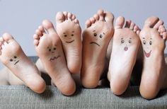 How happy are your feet?! Daily foot pain can be annoying, there are simple methods that can help resolve your foot problems. Come visit us at www.feetfeet.co.uk and see what we can do for you! #footpain #footinjury #sportinjury #painprevention #plantarfasciitis #bunion #arthritis #sprains #footcare #hammertoes #overlappingtoes #tendonitis #heelpain #dancing #ballet #gymnastics #runners #sprinters #marathonrunners #marathontraining #activelife #happyfeet