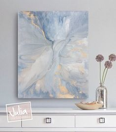You don't have to be a professional painter to make this large-scale abstract artwork. Its free-form swirling pattern is simple to create (and forgiving of flaws), and a DIY frame elevates the look of inexpensive canvas. Abstract Watercolor Art, Abstract Wall Art, Canvas Wall Art, Canvas Prints, Art Prints, Floral Wall Art, Deco Boheme Chic, Resin Art, Painting Inspiration