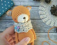 FOX crochet pattern Crochet Diy, Crochet Amigurumi, Crochet Bear, Crochet Dolls, Modern Crochet, Crochet Patterns Amigurumi, Knitting Patterns, Knitting Toys, Crochet Mignon
