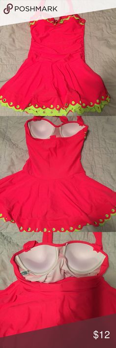Hot pink swim suit size large fits like a small. Hot pink swim suit size large fits like a small. Never been swam in. Ordered online and tags removed to try on. It is in excellent condition. None Swim One Pieces