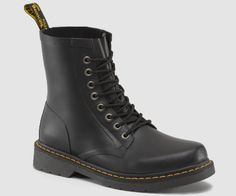 DRENCH - Mayyybe, à essayer http://france.drmartens.com/fr/Hommes/Hommes-Bottes/Dr-Martens-Bottines-Drench/p/14822001
