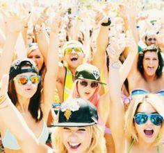 Selena Gomez, Vanessa Hudgens, Ashley Benson & Rachel Korine #SpringBreakers4Forever