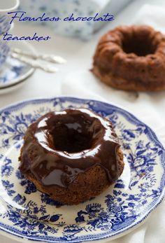 Andante con gusto: Tortine al cioccolato senza farina per Starbooks