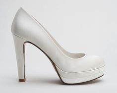 elblogdeanasuero_Zapatos Novia 2013_Sacha London Zapatos plataforma