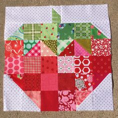 Happy Quilting: Strawberry Day