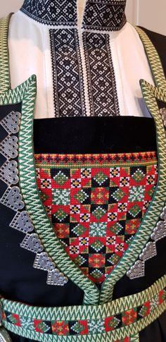 Bunad og Stakkastovo AS Folklore, Mittens, Frozen, Weaving, Quilts, Blanket, Dress, Crafts, Inspiration