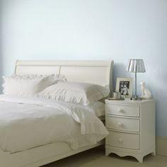 Gebruik zachte neutrale kleuren voor een rustgevende slaapkamer + ...