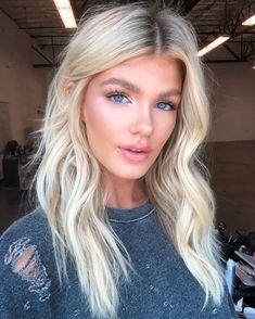 Blonde Hair Makeup, Dyed Blonde Hair, Blonde Hair Looks, Balayage Hair Blonde, Brown Blonde Hair, Summer Blonde Hair, Pink Hair Dye, Dyed Hair Pastel, Make Up Tutorial Contouring
