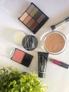 I love makeup shopping and this picture give me joy every time I look at it. Pin and read later. Makeup Shop, Love Makeup, Beauty Makeup, Makeup Looks, Give It To Me, Make Up, Beauty Review, African Beauty, Nook