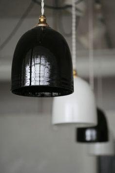 オリジナル陶器のシェードランプ/ベル型 ランプ・照明 オルネ ド フォイユ