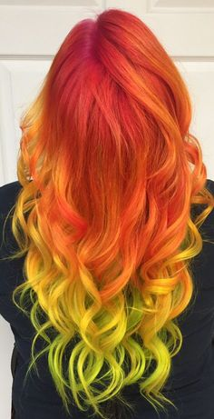 Shades of red! Purple red orange roots and yellow tips colormelt hair color wit - Shades of red! Purple red orange roots and yellow tips colormelt hair color wit - Yellow Hair Color, Vivid Hair Color, Cute Hair Colors, Bright Hair Colors, Hair Dye Colors, Cool Hair Color, Red Purple, Neon Yellow, Yellow Shades