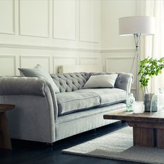 We're waking up to our gorgeous Chesterfield sofa this morning! Have a great Monday ☀️ Lounge Room, Fabric Sofa, Leather Sofa, Chesterfield Armchair, Furniture, Chesterfield Sofa, Sofa, Sofas, Leather Chesterfield Sofa