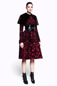 See the complete Alexander McQueen Pre-Fall 2012 collection.
