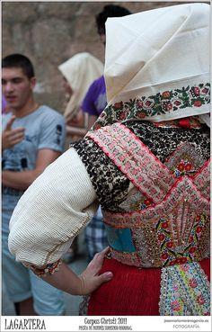 Bordado LAGARTERA - CORPUS CHRISTI 2011, via Flickr.