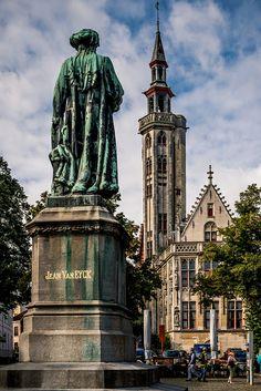 6 / Hanzekwartier / statue of Jan van Eyck & the Poortersloge by dawvon, via Flickr