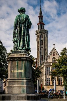 6 / Hanzekwartier / statue of Jan van Eyck & the Poortersloge by dawvon, via Flickr