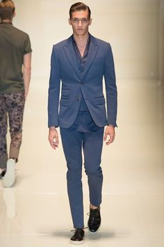 Gucci Spring 2014 Menswear Collection Slideshow  http://www.menssuitstips.com