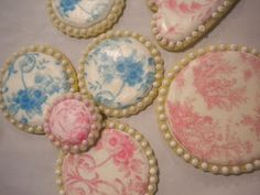 JoseyKnits: Ella's Cookie Basket with Hat and Ballerina Booties..toile wafer paper tutorial