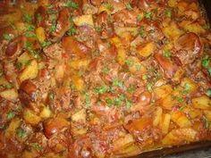 Cotlete de porc in sos aromat cu rozmarinCulorile din Farfurie Romanian Food, Falafel, Baby Feeding, Cookie Recipes, Bacon, Good Food, Tasty, Lunch, Beef
