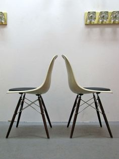 Eames Chairs, Dining Room Chairs, Side Chairs, Charles & Ray Eames, Walnut Stain, Cushions, The Originals, Antiques, Metal