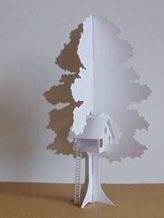 Folding Tree House - by Terry Morton, TheFoldedForest (Etsy) Paper Pop, Diy Paper, Libros Pop-up, Deco Kids, 3d Cnc, Paper Engineering, Paper Houses, Paper Folding, Pop Up Cards