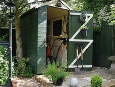 Small Space Upgrade: How To Make the Most Of Outdoor Storage We so need to have a lil outside storage. Diy Garden Projects, Outdoor Projects, Patio, Backyard, Outdoor Spaces, Outdoor Living, Outside Room, Shed Homes, Building A Shed