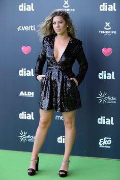 Sequin Mini Dress, Gold Dress, Victoria Beckham Outfits, Mini Robes, Mini Vestidos, Event Dresses, Black Sequins, Jennifer Lopez, Stella Mccartney