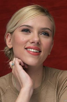 Scarlett Johansson photo 742735