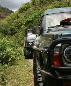 Nissan Patrol GQ and Mitsubishi Pajero Nissan Gr, Patrol Gr, Nissan Patrol, Mitsubishi Pajero, Troll, Offroad, Gq, Jeep, Safari