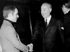 Le Prince Jean de Broglie avec le Roi Hussein de Jordanie Grand serviteur de l'état français, le Prince Jean de Broglie était un fin connaisseur du Moyen-Orient. Il a été amené plusieurs fois à renc...