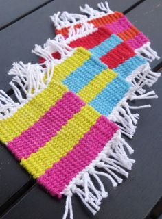 Easy Way to Weave Coasters on a Cardboard Loom | eHow