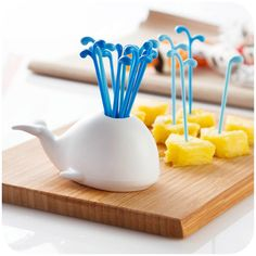 Whale Snack Forks//