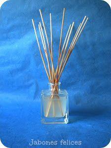 Consigue un aroma agradable en tu hogar gracias a este tutorial para elaborar un ambientador casero.