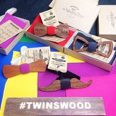 Ваши заказы уже готовы к отправке! Выделяйся! Будь ярче! Галстук бабочка из дерева @TwinsBowTies самый модный аксессуар этого сезона. Выбери свою на сайте www.TwinsBowTies.ru более 100 моделей в наличии + любая гравировка делают наши аксессуары ИНДИВИДУАЛЬНЫМИ, а собственное производство позволяет исполнить даже самый сложный заказ в считанные часы! Так можем только мы :) //  #TwinsBowties  #WoodBowties #TwinsWood #деревяннаябабочка  #бабочкаиздерева #деревянныебабочки