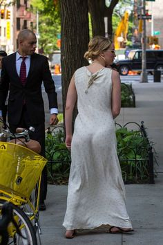 Celebrity News, Gossip and Pics Beautiful Celebrities, Beautiful Actresses, Jennfer Lawrence, Jennifer Lawrence Style, 1960s Fashion, Celebrity News, Celebrity Women, Bollywood Actress, Nice Dresses