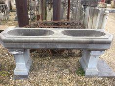 Antiek arduinen lavabo meubel ..te Koop bij medussa/ heist op den berg