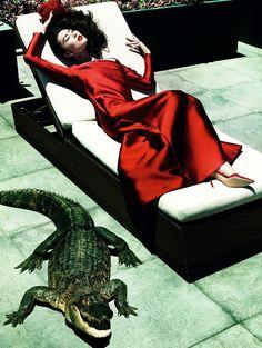 #LiuWen #fashion #editorial by Mario Testino for Vogue China December 2013 #moda #fotografia #photography