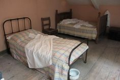Llanerchaeron. On the first floor of the courtyard there is this servants' bedroom.