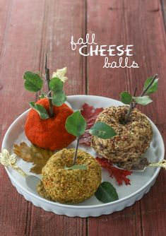 Fall Cheese Balls from @inspiredbycharm
