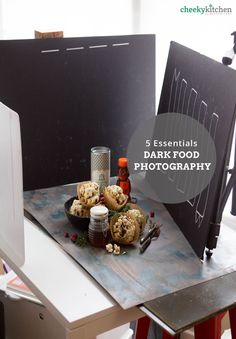 Essentials for Dark Food Photography — Brooke Lark The only 5 things you need to create a killer dark photography set-up.The only 5 things you need to create a killer dark photography set-up. Dark Food Photography, Still Life Photography, Product Photography, Autumn Photography, Photo Hacks, Photo Tips, Food Styling, Foto Still, Fotografia Tutorial